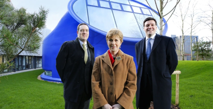 from-right-to-left_-paul-bate-mary-o'sullivan-and-chris-crofton-lloyds-bank-relationship-manager-1457343873
