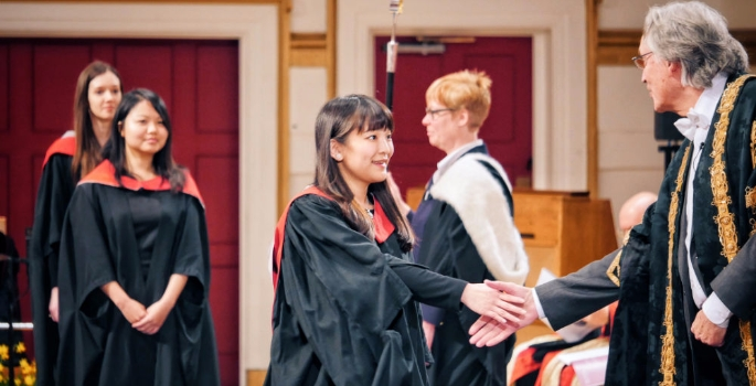 her-imperial-highness-princess-mako-of-akishino-graduating-from-the-university-of-leicester-1453897192