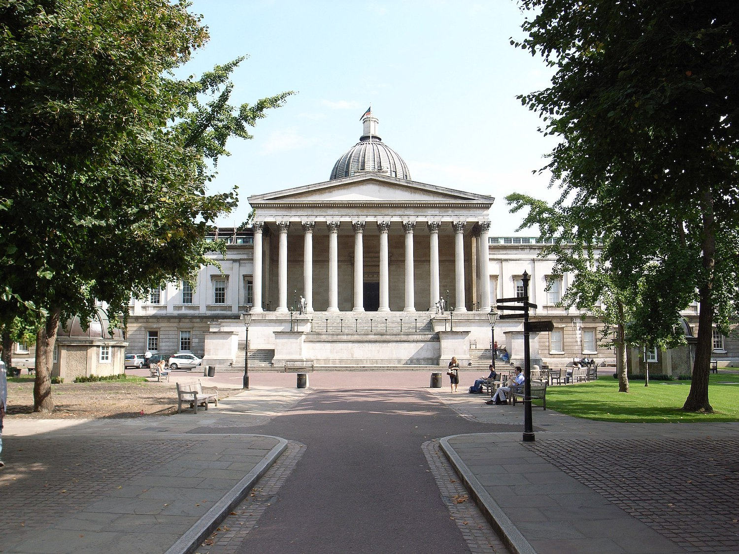2048px-University_College_London,_by_William_Wilkins