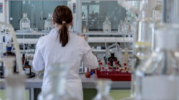 University research can generate £21.7 billion for UK by 2026, report predicts